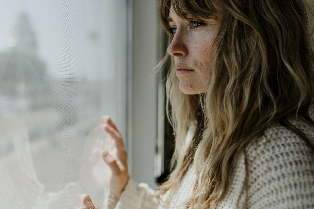 women-looking-out-window
